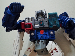 TF Titans Return Fortress Maximus 3形態015