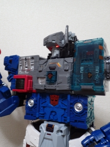TF Titans Return Fortress Maximus 3形態026
