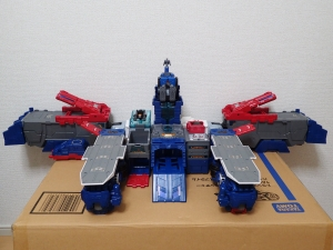 TF Titans Return Fortress Maximus 3形態027