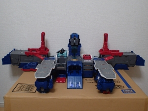TF Titans Return Fortress Maximus 3形態030