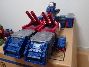 TF Titans Return Fortress Maximus 3形態033