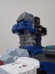 TF Titans Return Fortress Maximus 3形態035