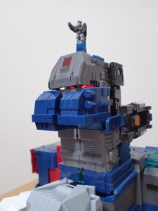 TF Titans Return Fortress Maximus 3形態037