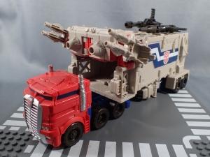 Transformers Generations Leader Powermaster Optimus Prime003