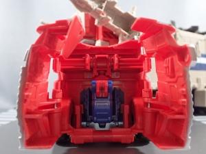 Transformers Generations Leader Powermaster Optimus Prime008