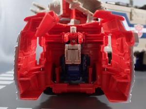 Transformers Generations Leader Powermaster Optimus Prime009