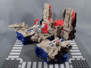 Transformers Generations Leader Powermaster Optimus Prime013