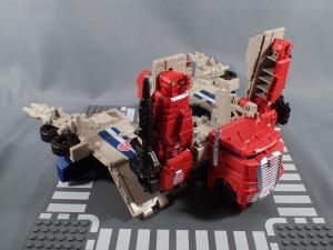 Transformers Generations Leader Powermaster Optimus Prime014