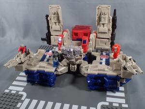 Transformers Generations Leader Powermaster Optimus Prime016