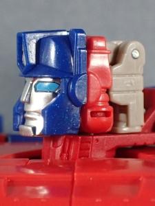Transformers Generations Leader Powermaster Optimus Prime023