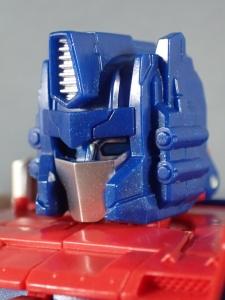 Transformers Generations Leader Powermaster Optimus Prime026