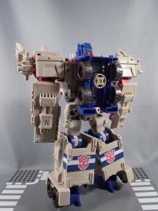 Transformers Generations Leader Powermaster Optimus Prime028