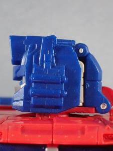 Transformers Generations Leader Powermaster Optimus Prime031