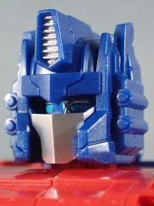 Transformers Generations Leader Powermaster Optimus Prime032