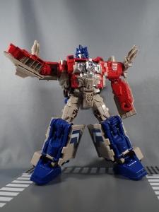 Transformers Generations Leader Powermaster Optimus Prime036