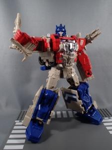 Transformers Generations Leader Powermaster Optimus Prime037