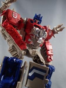 Transformers Generations Leader Powermaster Optimus Prime038