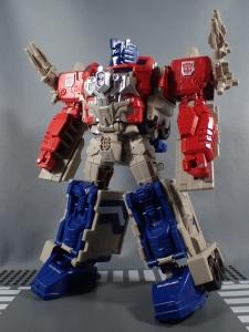 Transformers Generations Leader Powermaster Optimus Prime040