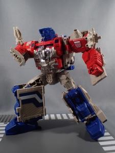 Transformers Generations Leader Powermaster Optimus Prime050