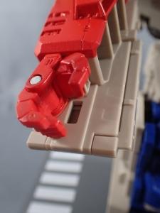 Transformers Generations Leader Powermaster Optimus Prime051