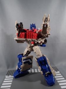 Transformers Generations Leader Powermaster Optimus Prime060