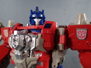 Transformers Generations Leader Powermaster Optimus Prime068