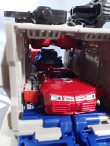 Transformers Generations パワーマスター オプティマスプライムで遊ぼう015