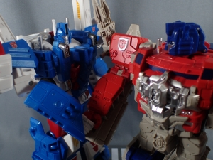 Transformers Generations パワーマスター オプティマスプライムで遊ぼう020