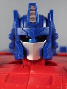 Transformers Generations パワーマスター オプティマスプライムで遊ぼう040a
