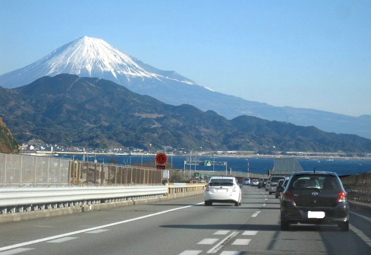 rent-and-drive-in-japan.jpg