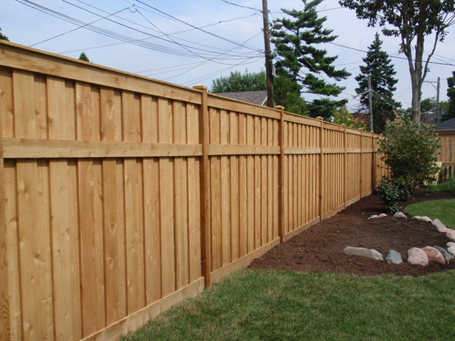 wood-fence-build1.jpg
