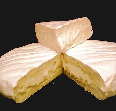 カマンベールチーズW