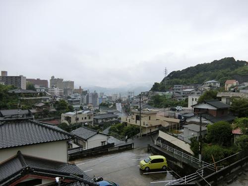 今朝も雨だね。