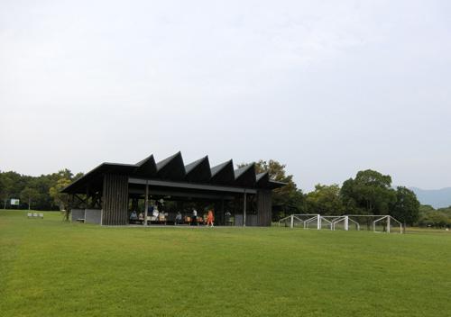 吉野ケ里歴史公園、芝生広場にて。 その2