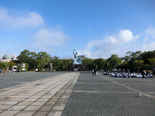 平和記念像まであと・・・?