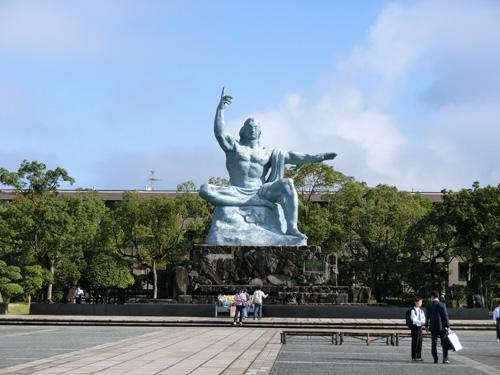 平和記念像まであと・・・?!