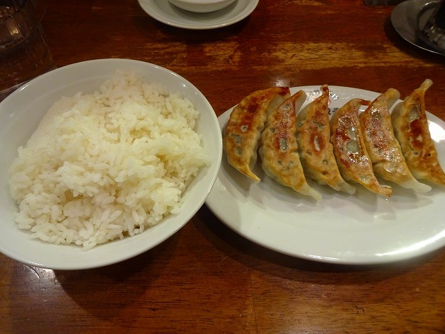 渋谷餃子 (6)