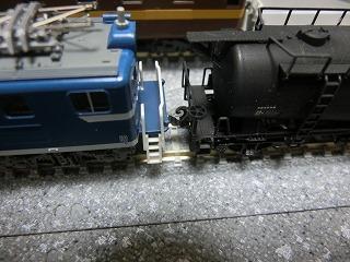 秩父鉄道電機もタキ1900と連結させ高さチェック