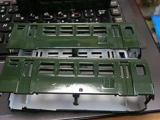 グリーン塗装した「パレオエクスプレス用客車」アップ画像