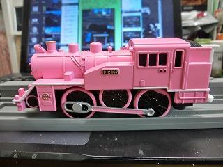 完成した「若桜鉄道 C12-167 ピンク塗装車」②