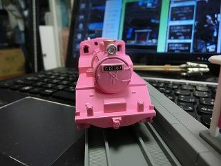 完成した「若桜鉄道 C12-167 ピンク塗装車」④
