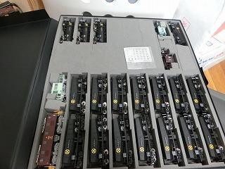 ウレタンの加工をしタキ12000を収納した様子