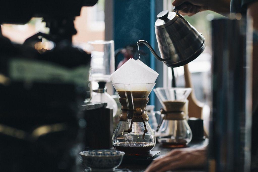 coffee-984328_960_720_1024.jpg