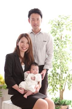 お宮参り群馬伊勢崎のんちゃんご家族写真