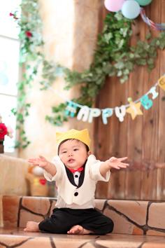 バースデーフォト群馬伊勢崎しょうた君1歳誕生日衣装持込みグッズ
