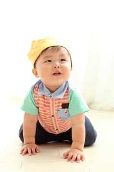 バースデーフォト群馬伊勢崎しょうた君1歳誕生日私服