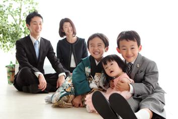 七五三群馬伊勢崎前撮5歳おうすけ君家族写真