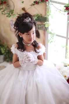 七五三群馬伊勢崎前撮7歳りこちゃん洋装ドレス自然光