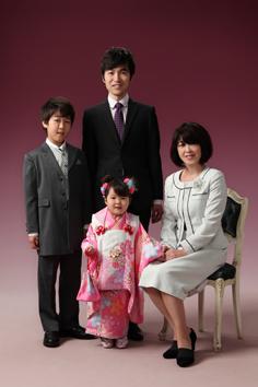 七五三あいりちゃん家族写真伊勢崎
