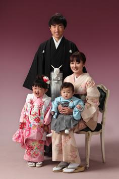 七五三ひなこちゃん家族写真伊勢崎